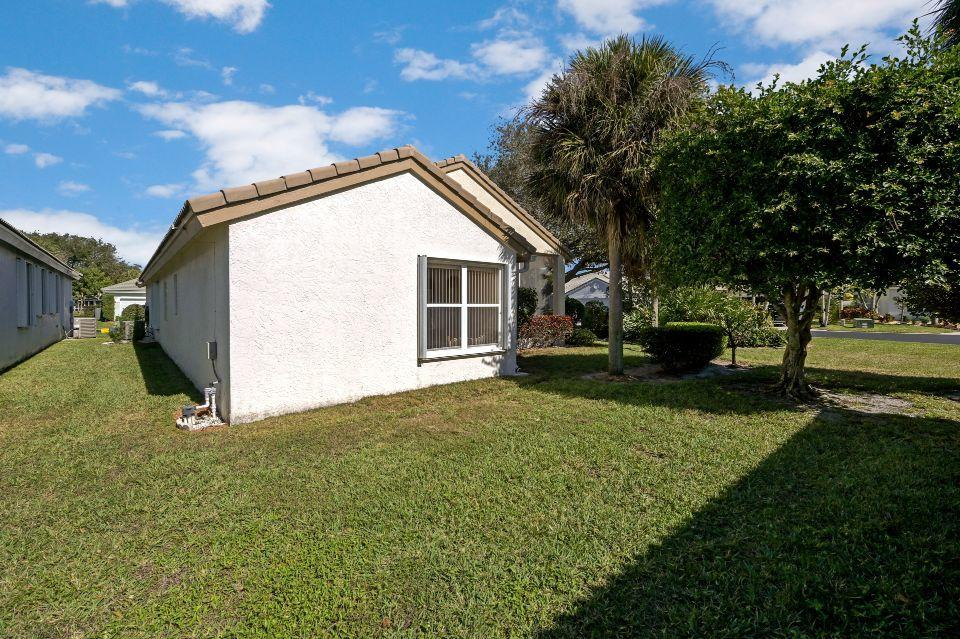 2811 Waters Edge Circle Greenacres, FL 33413 small photo 21