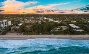 1079 Hillsboro Mile Hillsboro Beach FL 33062