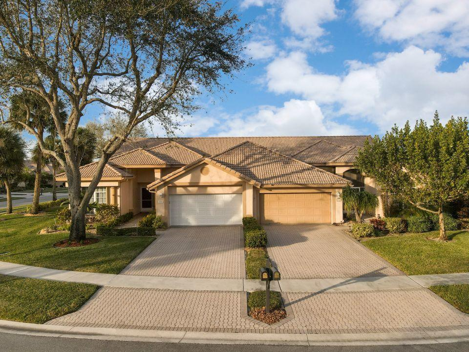 8911 Shoal Creek Lane Boynton Beach, FL 33472 photo 3