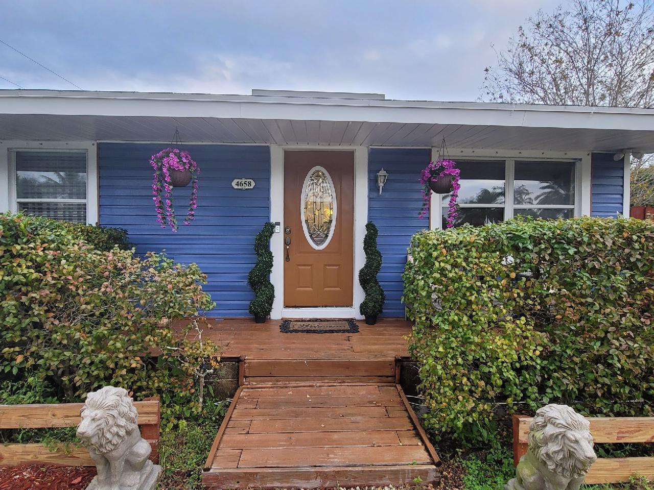 4658 Bonanza Drive Lake Worth, FL 33467