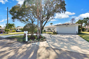 1408 Indian Road E, Lake Clarke Shores, FL 33406