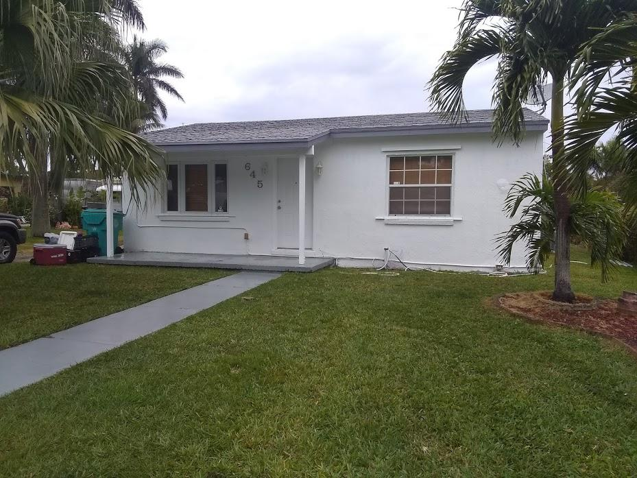 645 Oak Street  Boynton Beach FL 33435