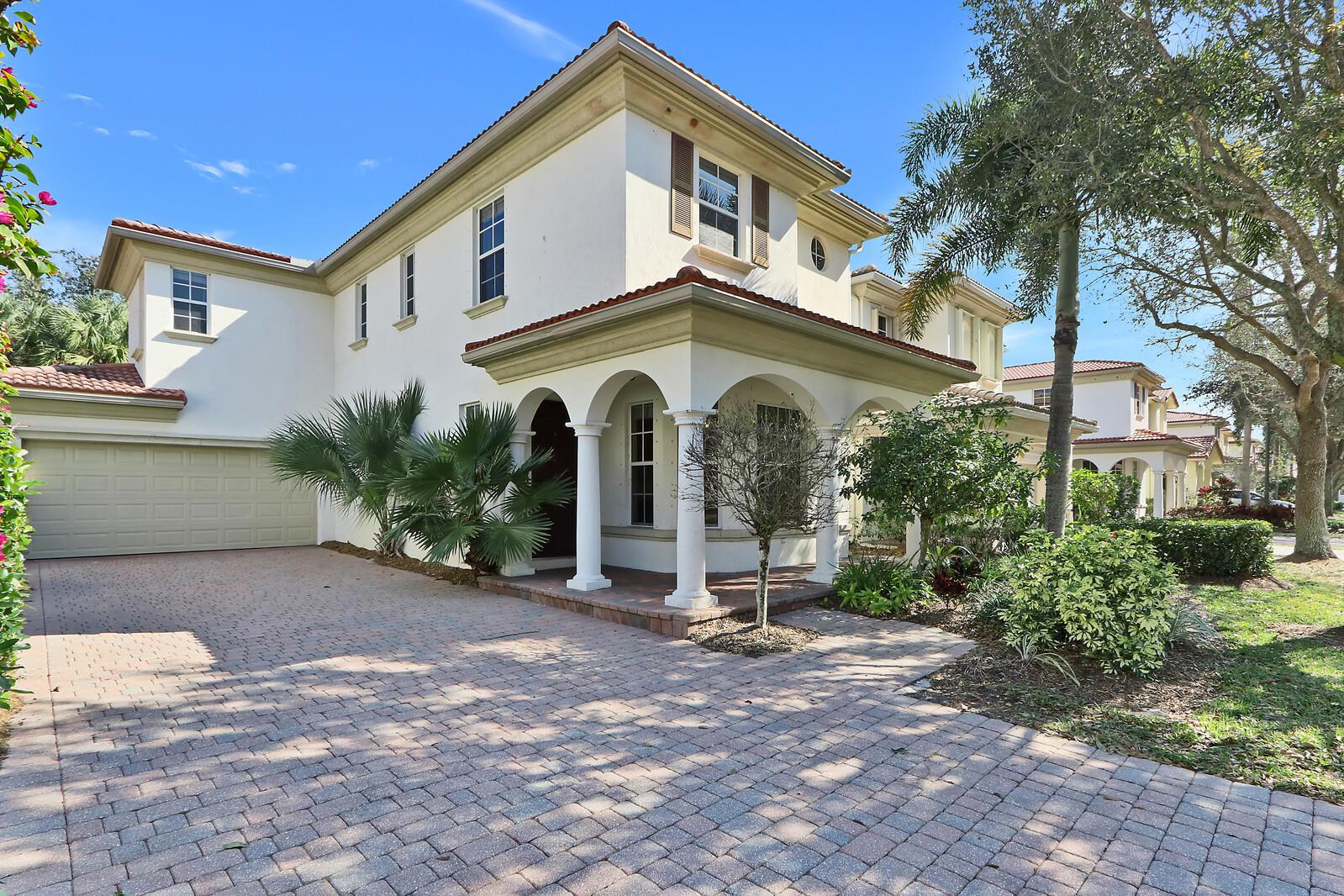 629 Castle Drive Palm Beach Gardens, FL 33410