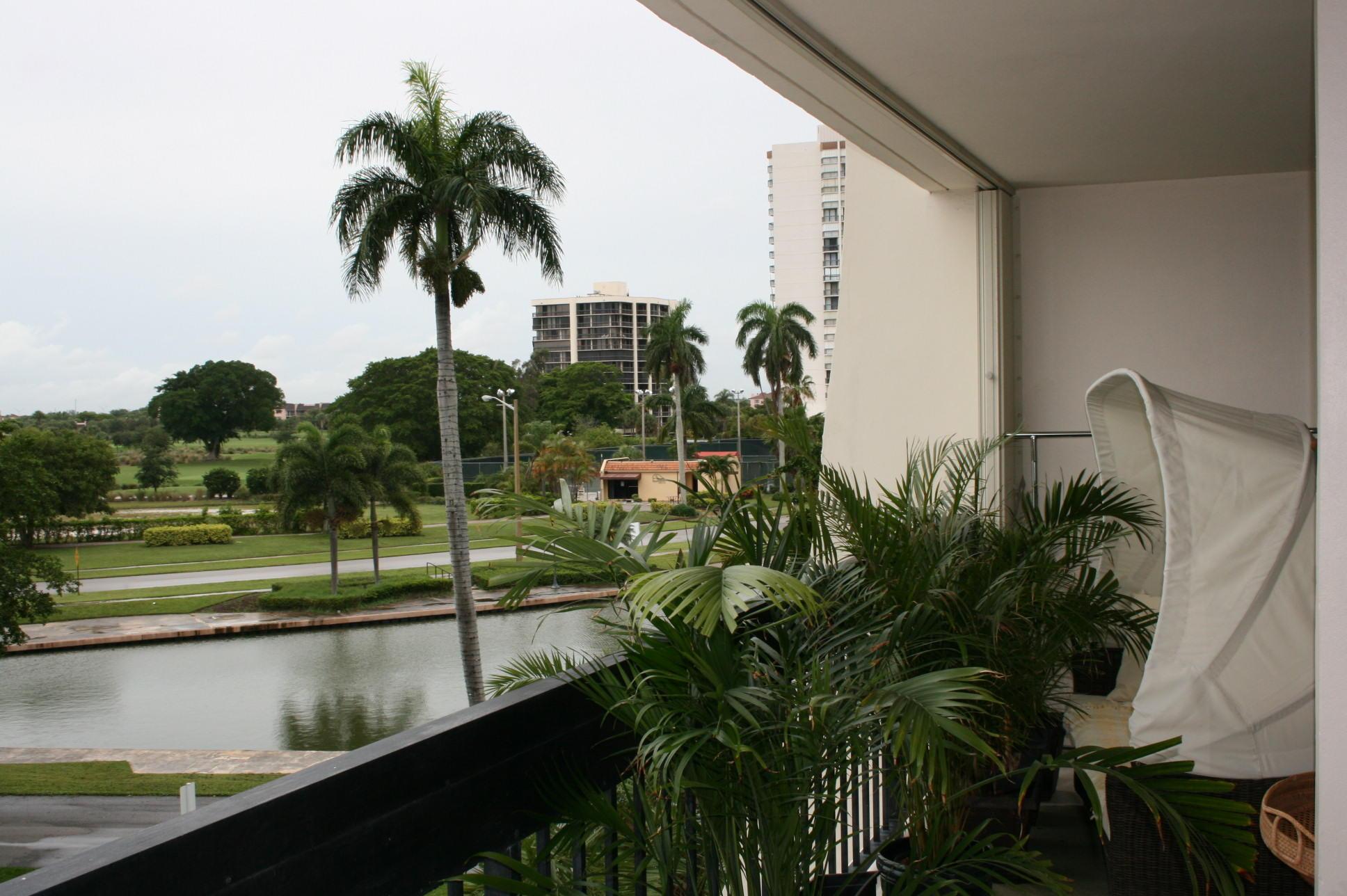2000 Presidential Way 305 West Palm Beach, FL 33401