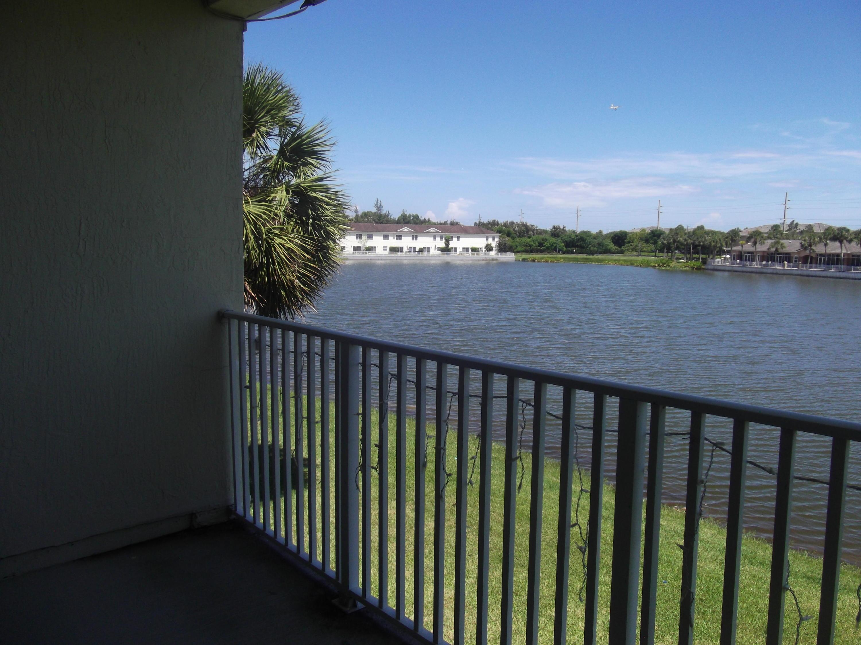 4366 Emerald Vista Lake Worth, FL 33461 photo 11