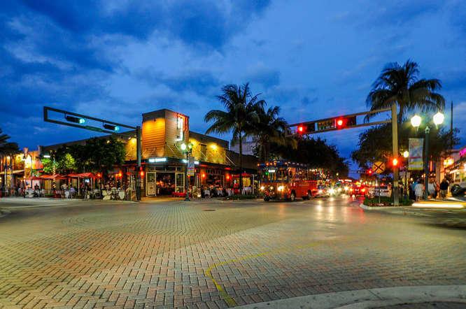 341 NE 7th Ave Delray Beach FL-small-017
