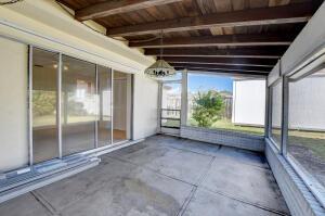 4554 Ne 4th Avenue Boca Raton FL 33431