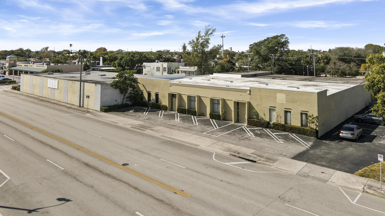 4805 S Dixie Highway  West Palm Beach FL 33405
