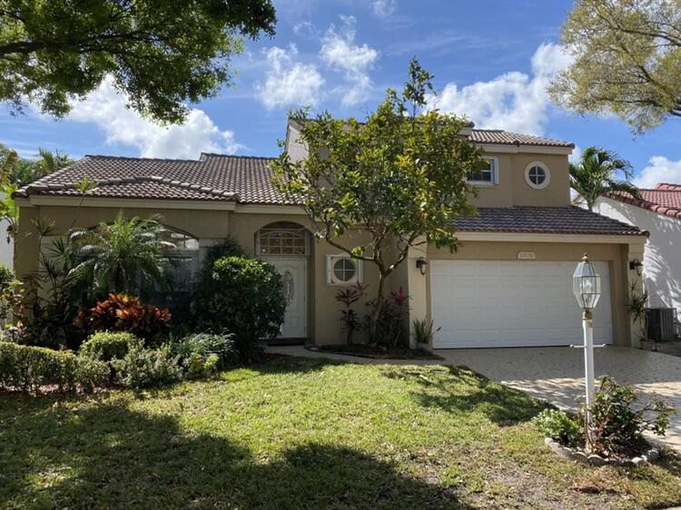 10156 Aspen Way Palm Beach Gardens, FL 33410