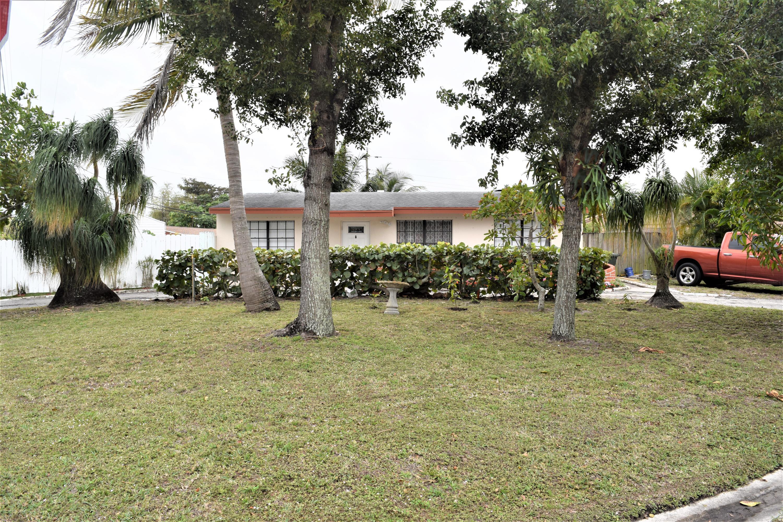 5520 S 37th Court Greenacres, FL 33463 photo 2