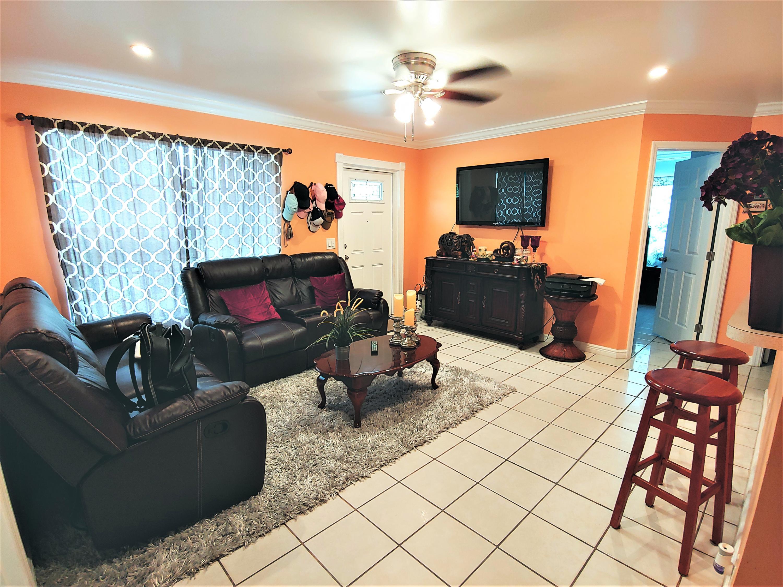 5520 S 37th Court Greenacres, FL 33463 photo 11