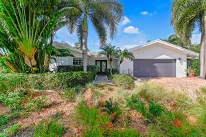 17695 Foxwood Way Boca Raton FL 33487