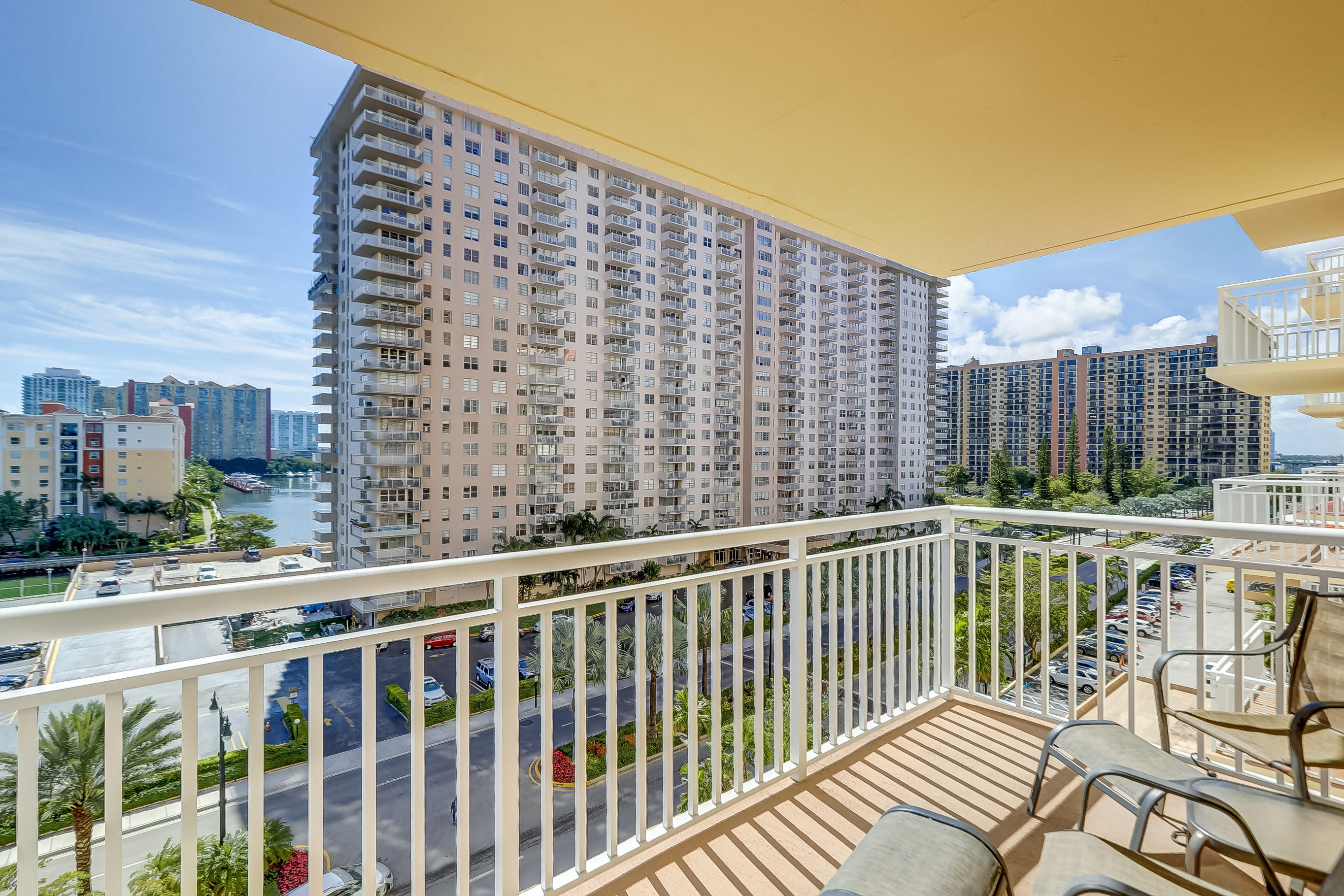 251 174th Street 715 Sunny Isles Beach, FL 33160 photo 26