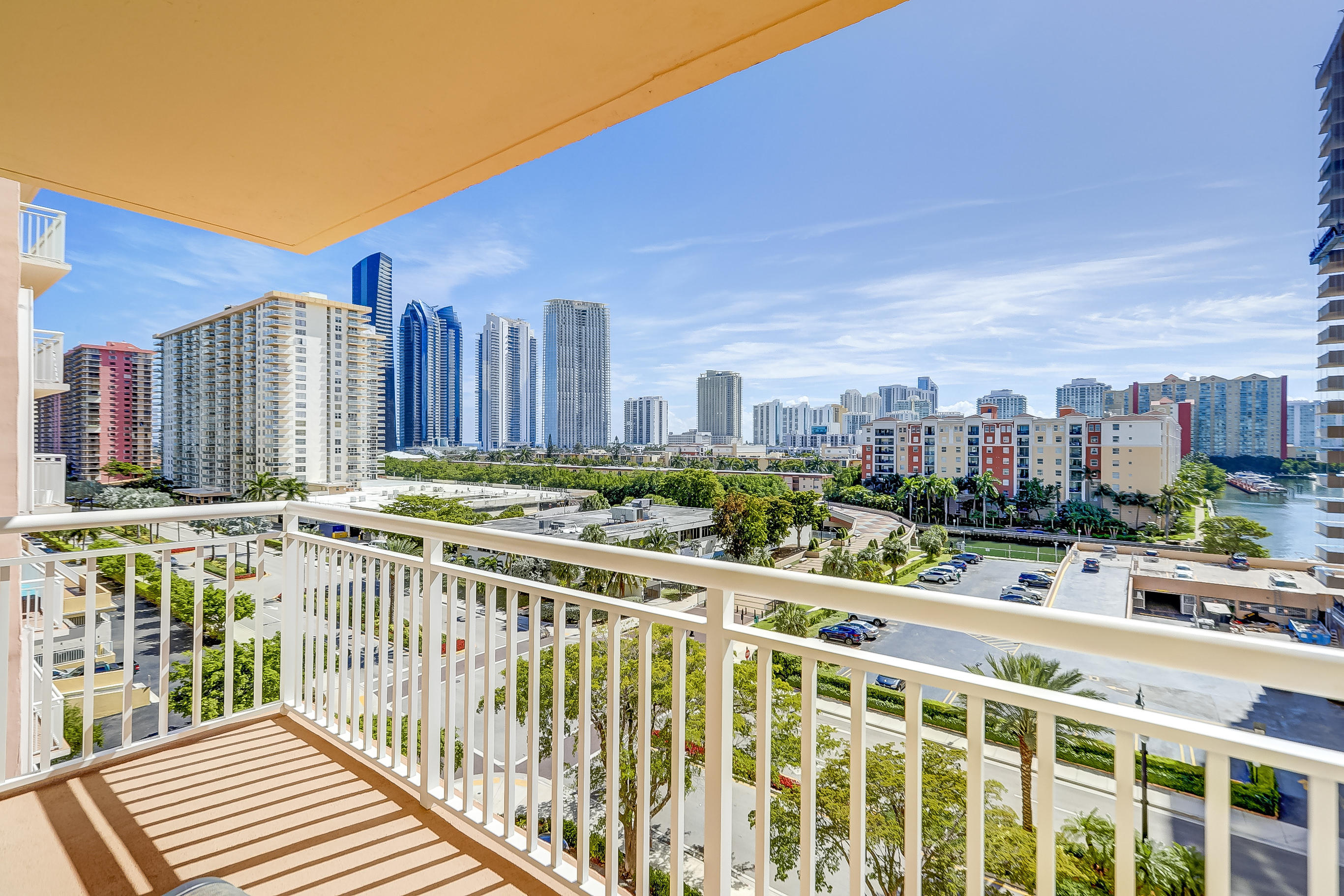 251 174th Street 715 Sunny Isles Beach, FL 33160 photo 27