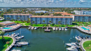 """****TROPIC BAY HARBOR**** """"BRING YOUR BOAT!"""" 20' TO 45'.. DOCKAGE AVAILABLE"""