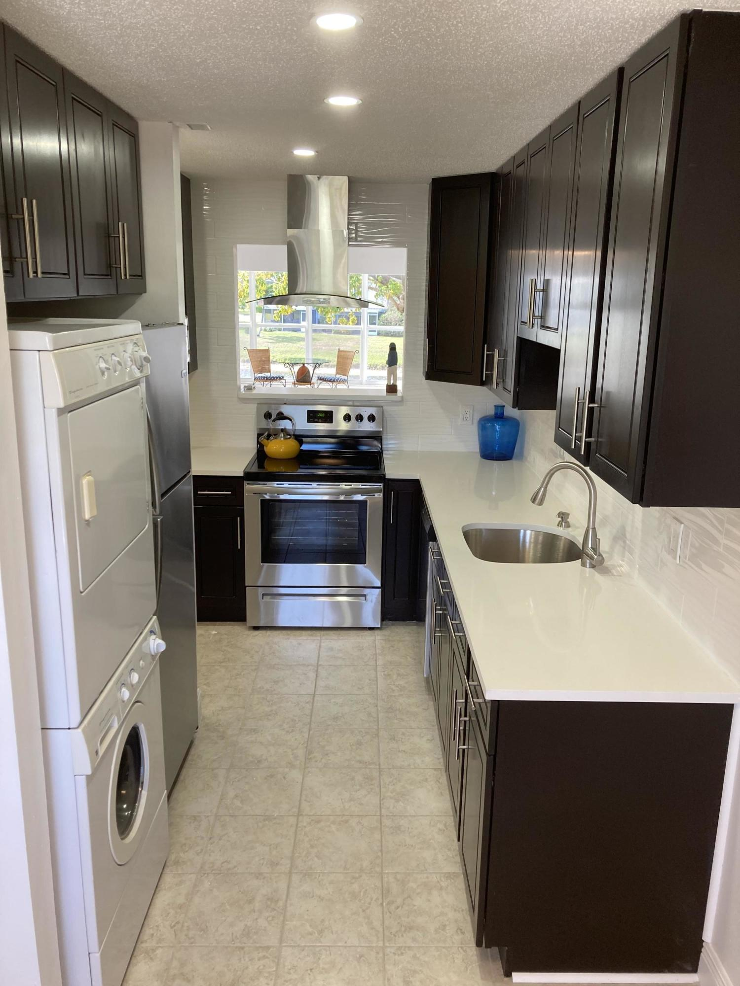 1450 NW 18th Avenue 203 For Sale 10691846, FL
