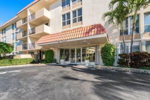1000  Spanish River Road 2b For Sale 10691908, FL