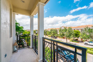 807 Nw 82nd Place Boca Raton FL 33487