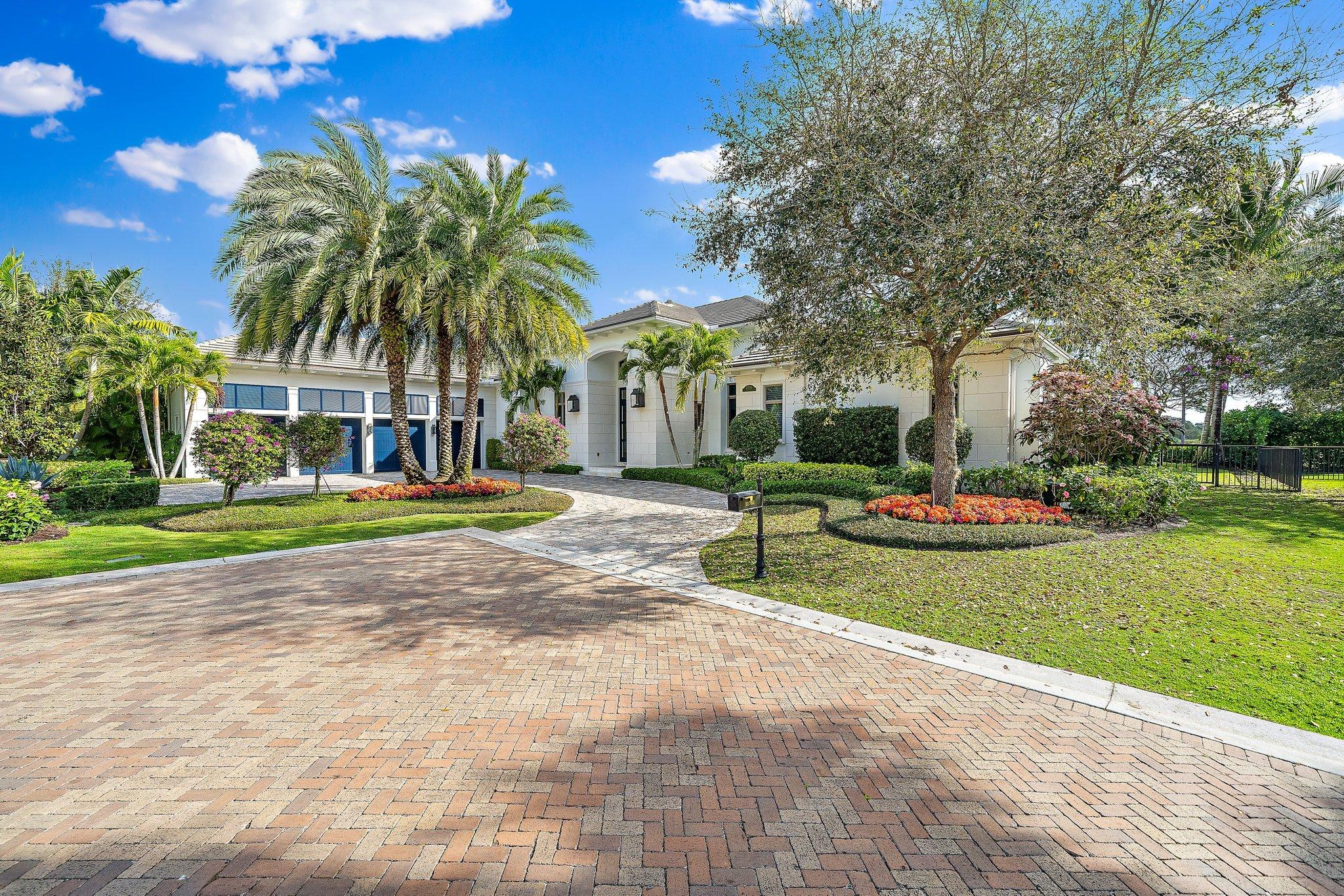Home for sale in OLD PALM PL 4 Palm Beach Gardens Florida