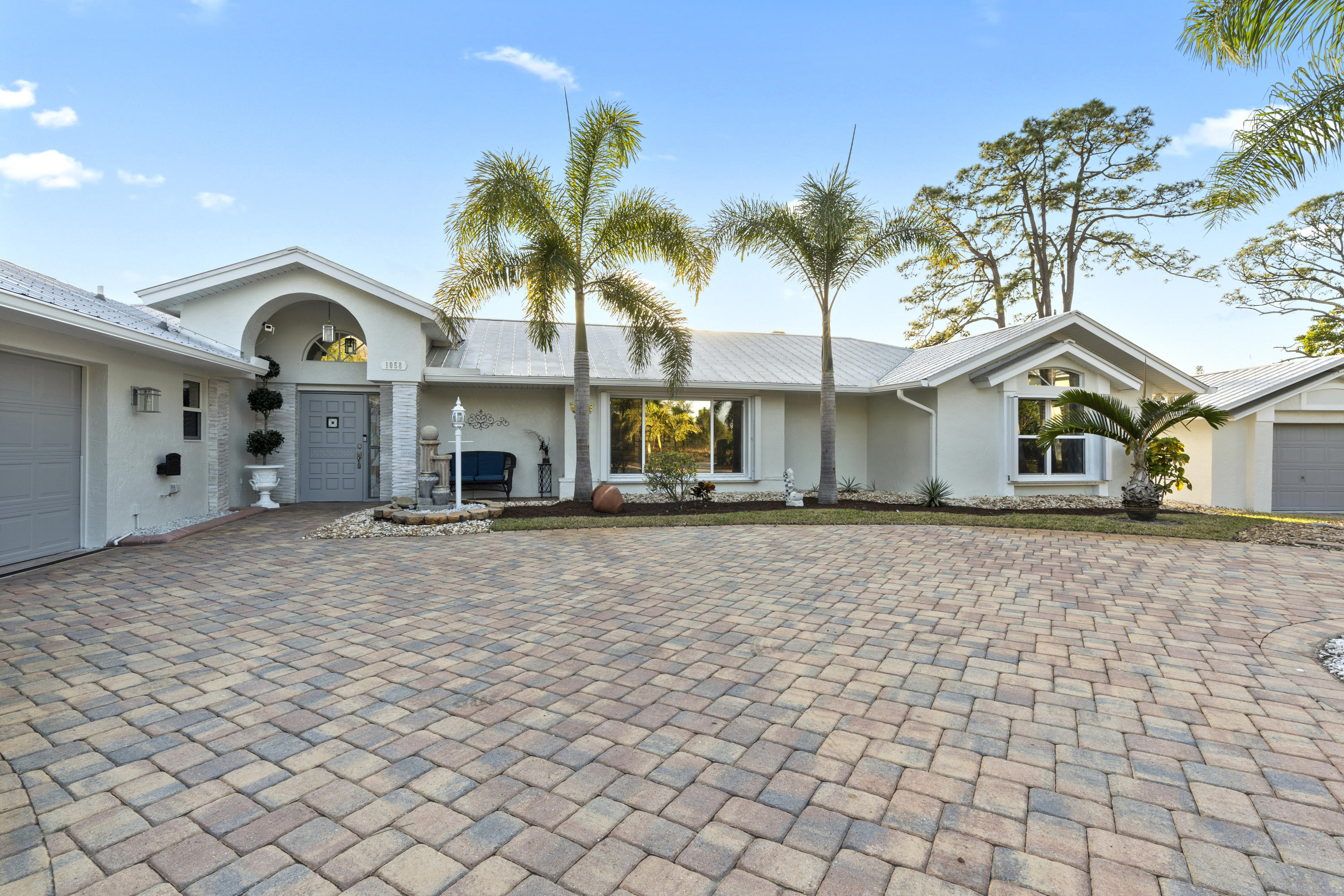 Home for sale in HIDEAWAY ISLES SECTION 3 Palm City Florida