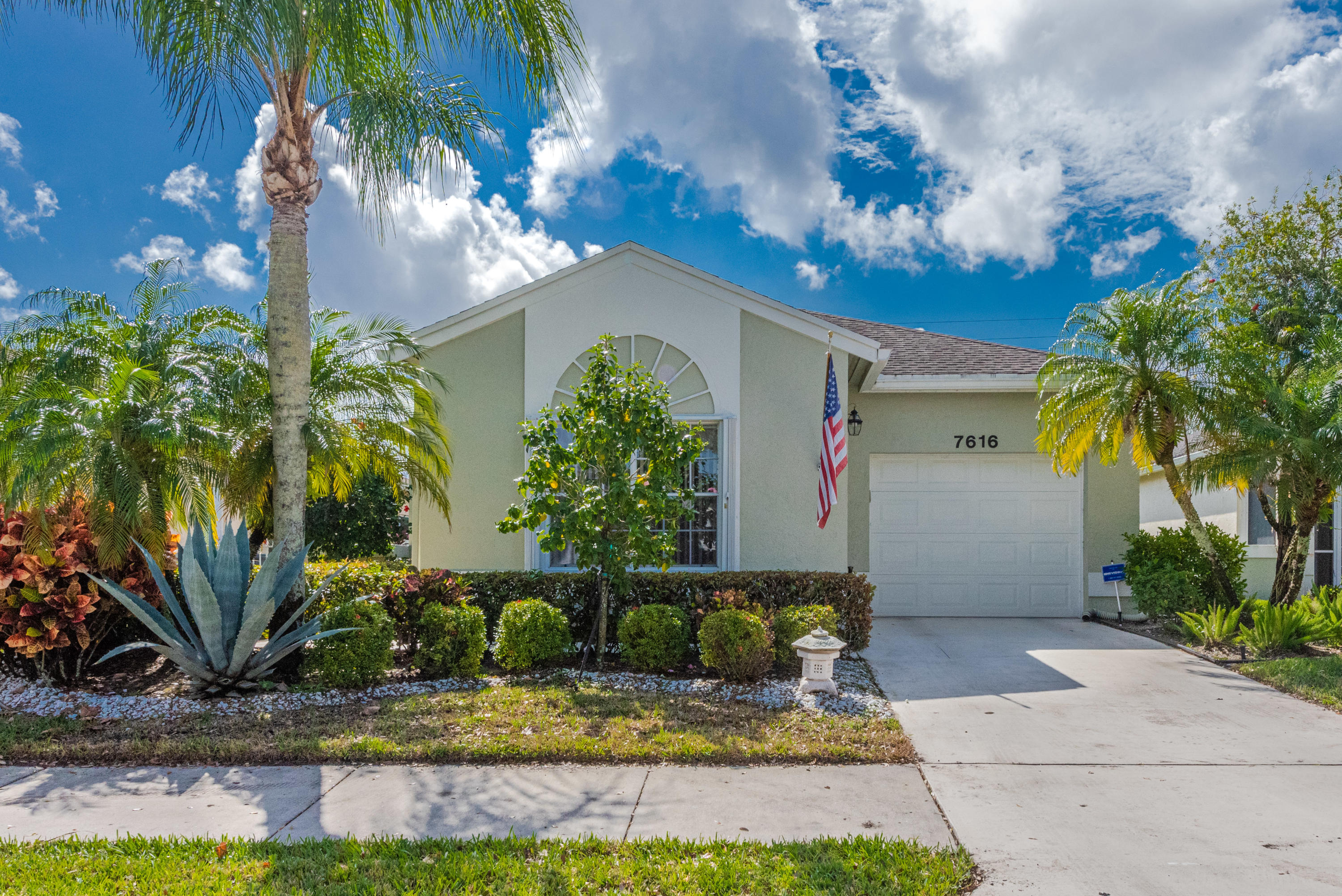 7616 Mansfield Hollow Road Delray Beach, FL 33446