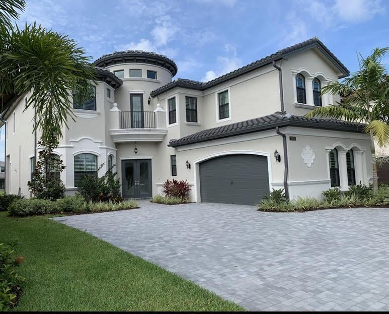 9746 Bozzano Drive Delray Beach, FL 33446