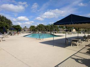 9245 Flynn Circle Boca Raton FL 33496