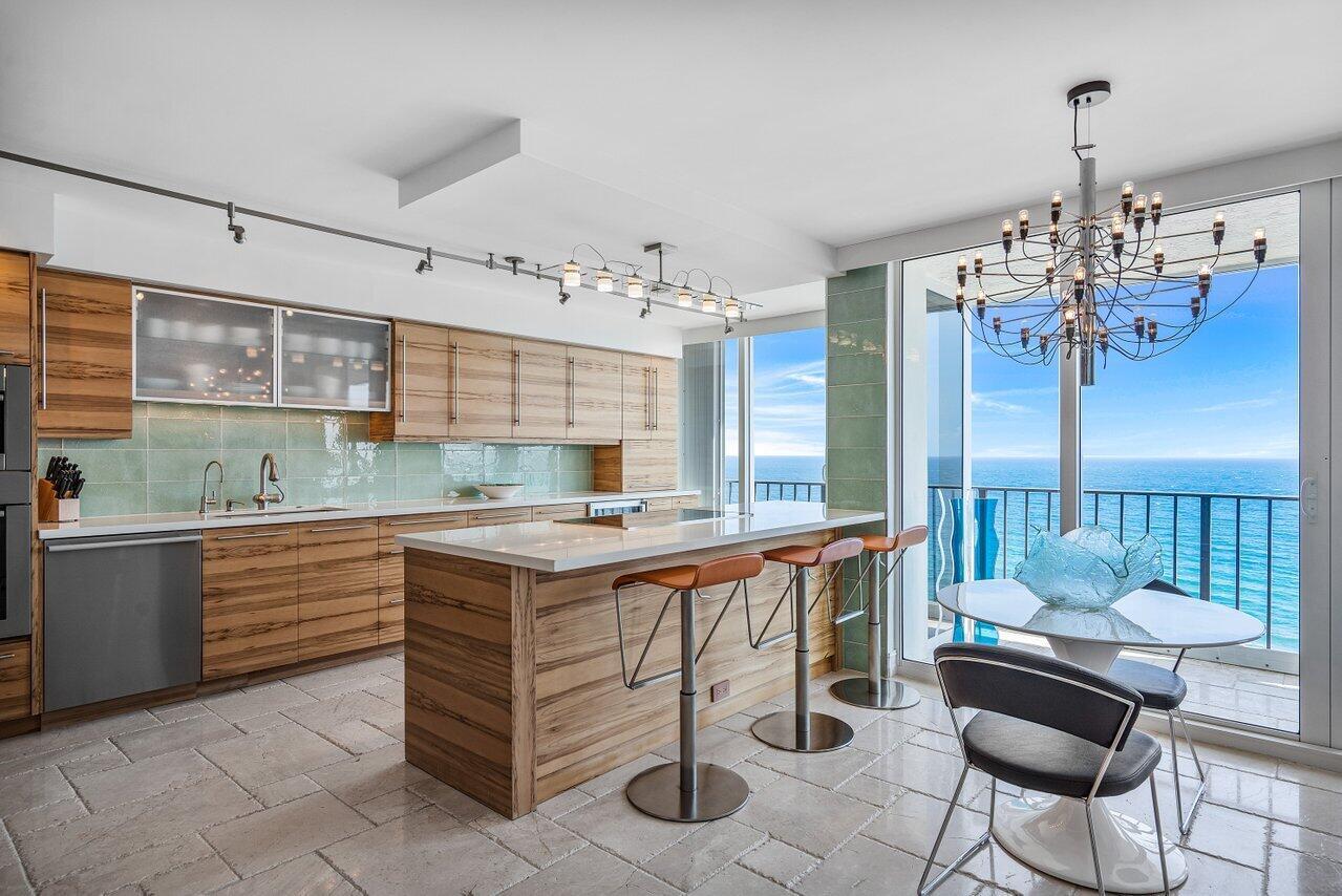 2800 S Ocean Boulevard 18-K For Sale 10692497, FL
