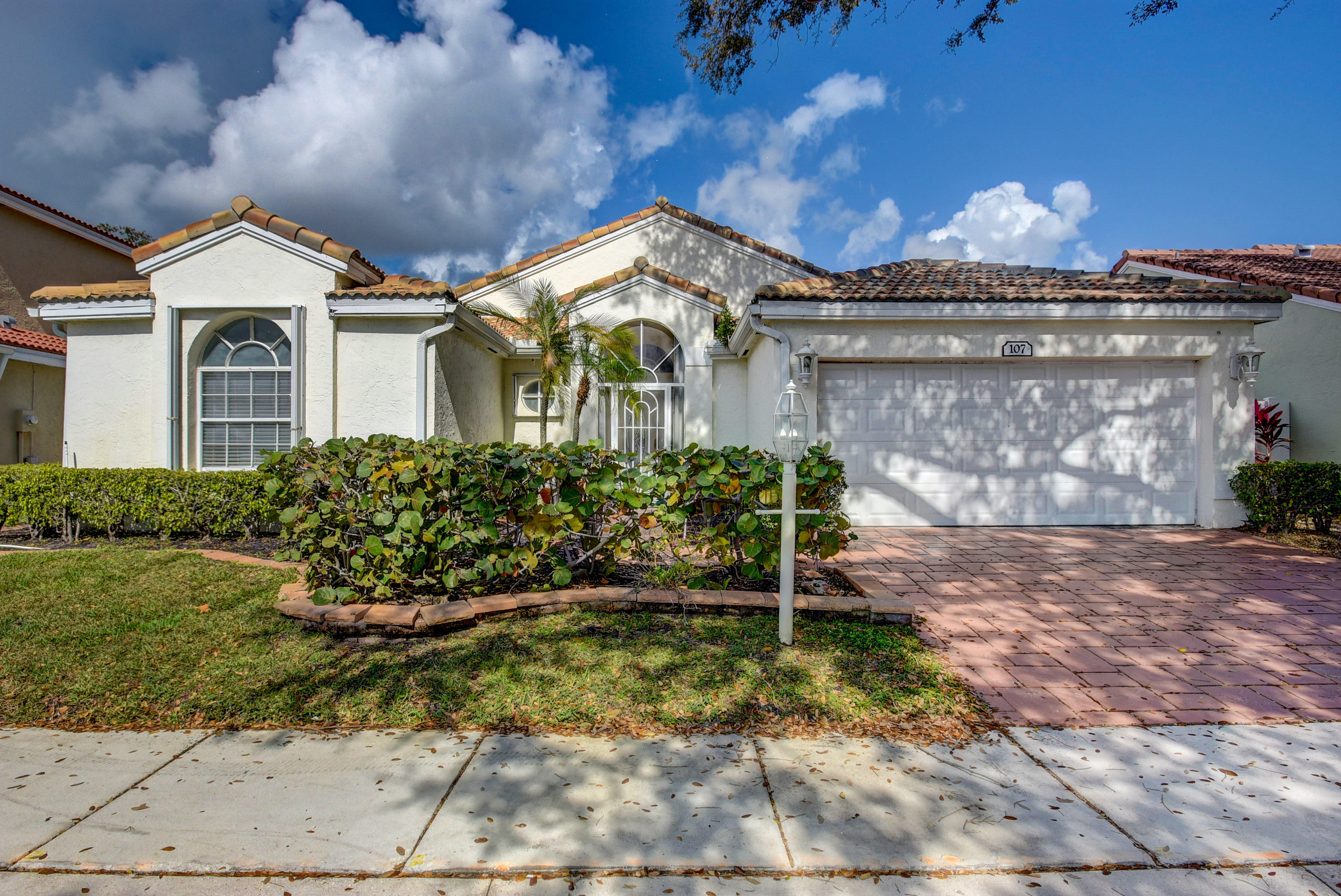107 Siena Oaks Circle Palm Beach Gardens, FL 33410