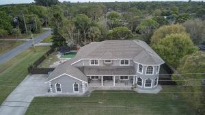 669 Howard Street, Fort Pierce, FL 34982