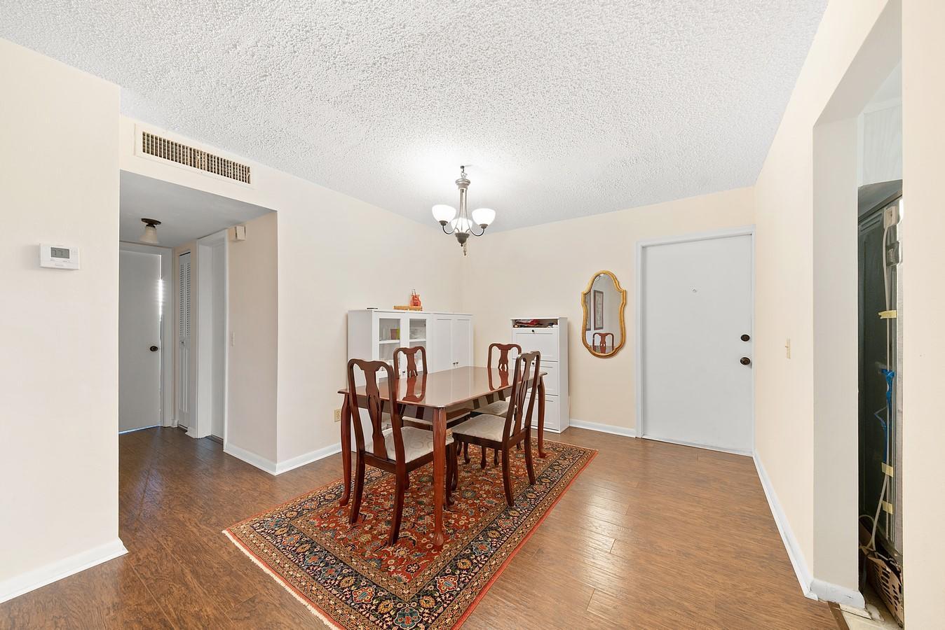 2481 SW 82nd Avenue 305 Davie, FL 33324 photo 2