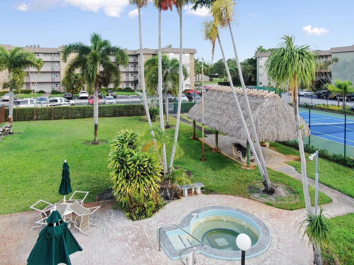 2481 SW 82nd Avenue 305 Davie, FL 33324 photo 31