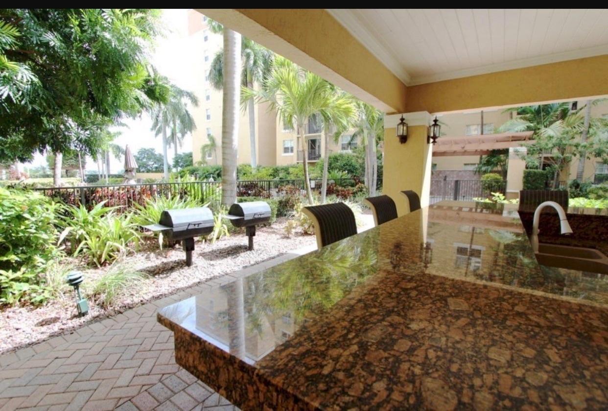 1801 N Flagler Drive 433 West Palm Beach, FL 33407 photo 17