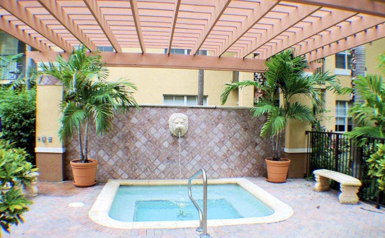1801 N Flagler Drive 433 West Palm Beach, FL 33407 photo 19