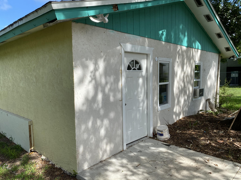 Details for 529 11th Street N, Fort Pierce, FL 34950