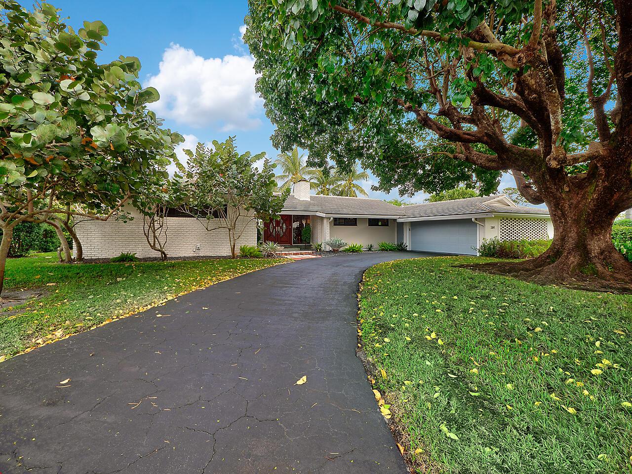 Home for sale in ATLANTIS 1 CITY Of Atlantis Florida