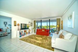 3589 S Ocean Boulevard, 312, South Palm Beach, FL 33480