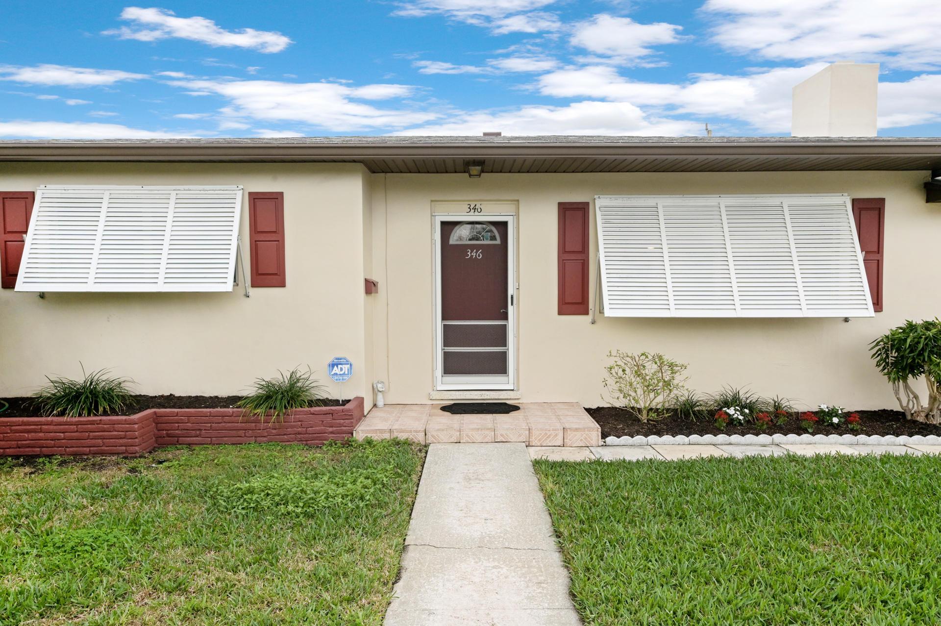 346 Laurie Road West Palm Beach, FL 33405 photo 3
