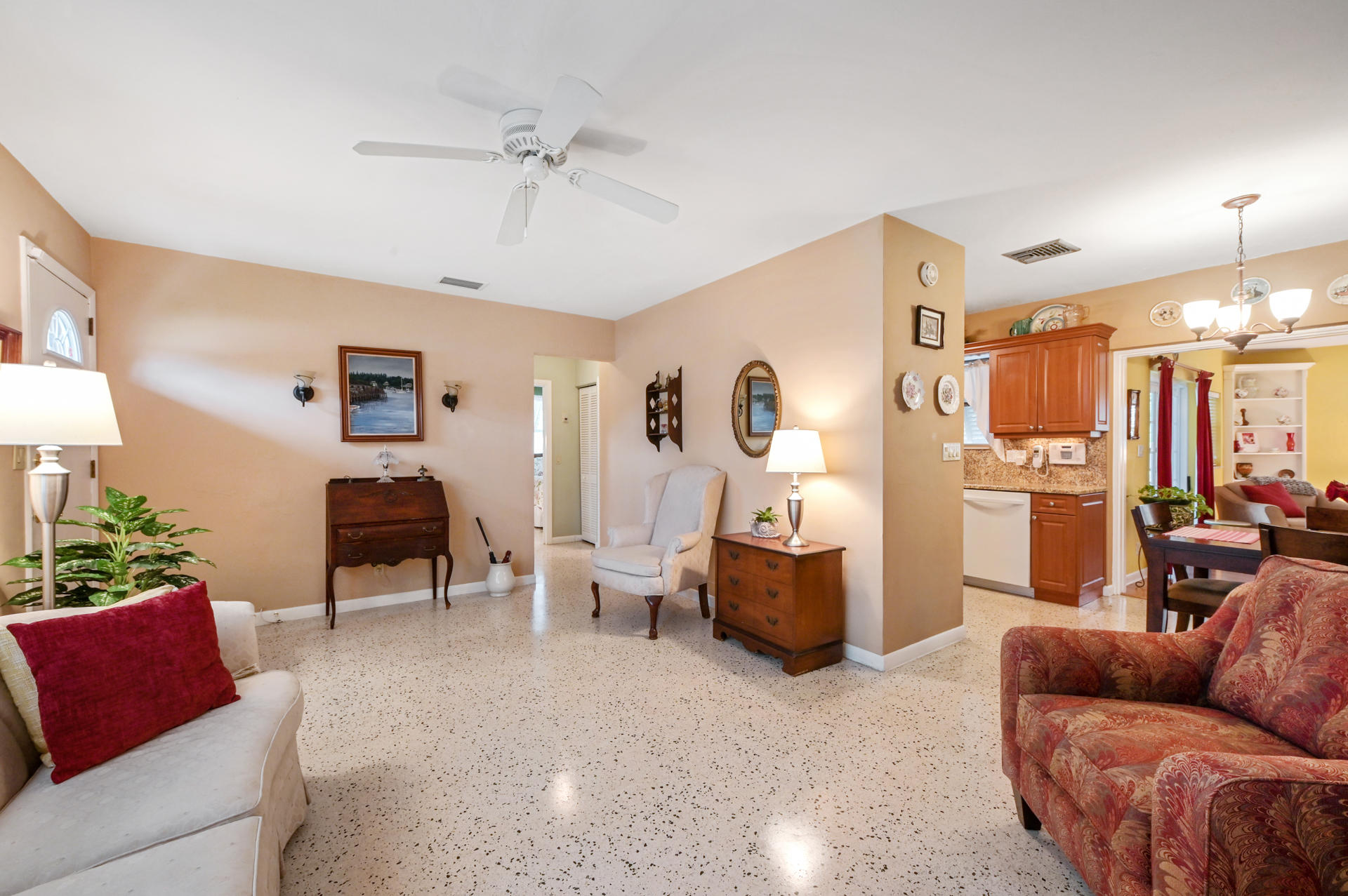 346 Laurie Road West Palm Beach, FL 33405 photo 7