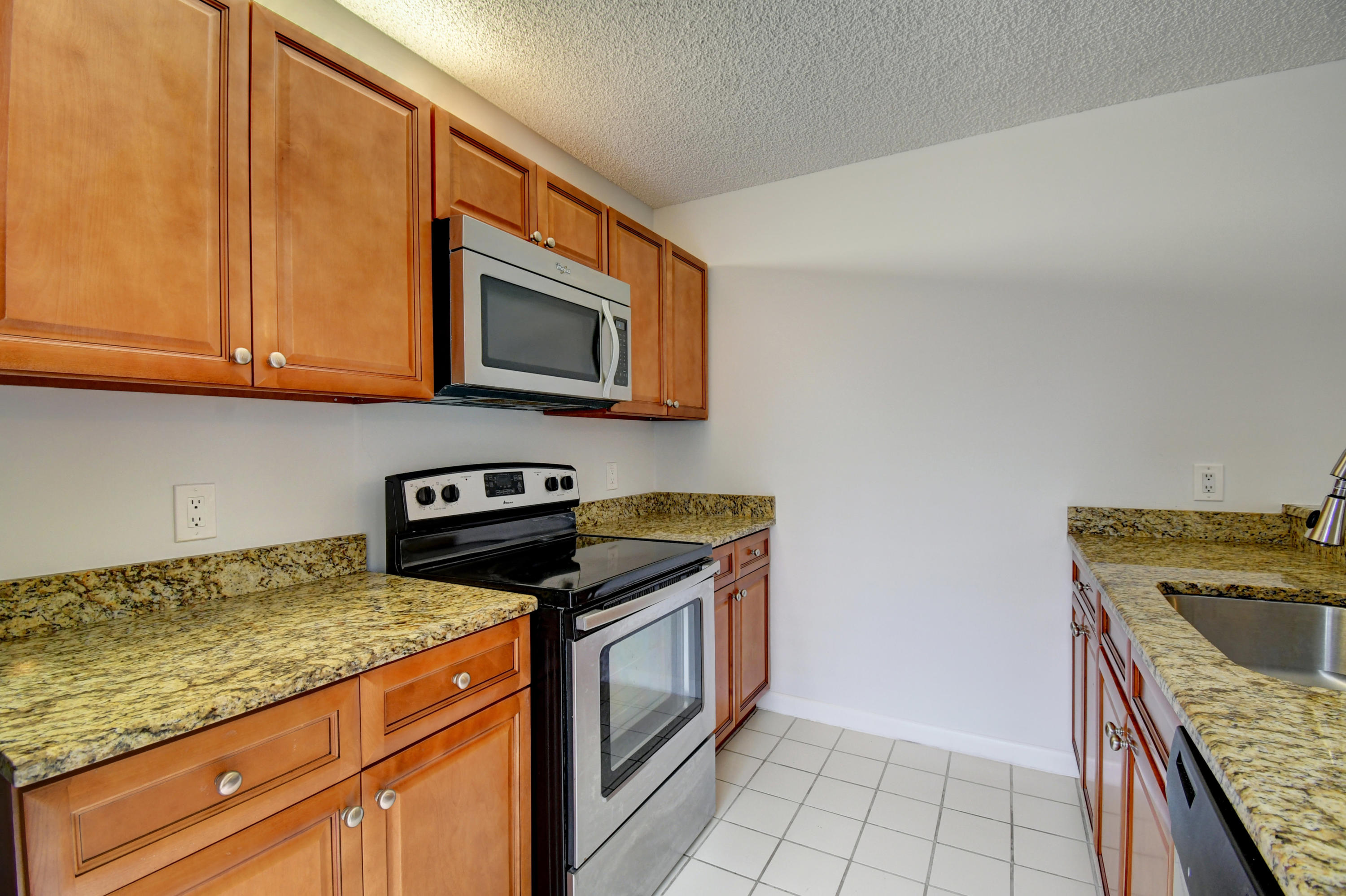 4104  41st Way  For Sale 10694517, FL