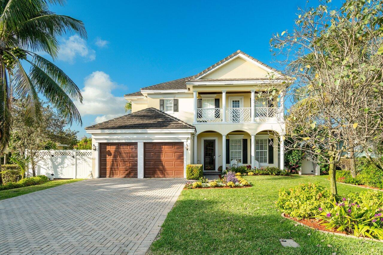 25 NW 16th Street  For Sale 10693593, FL