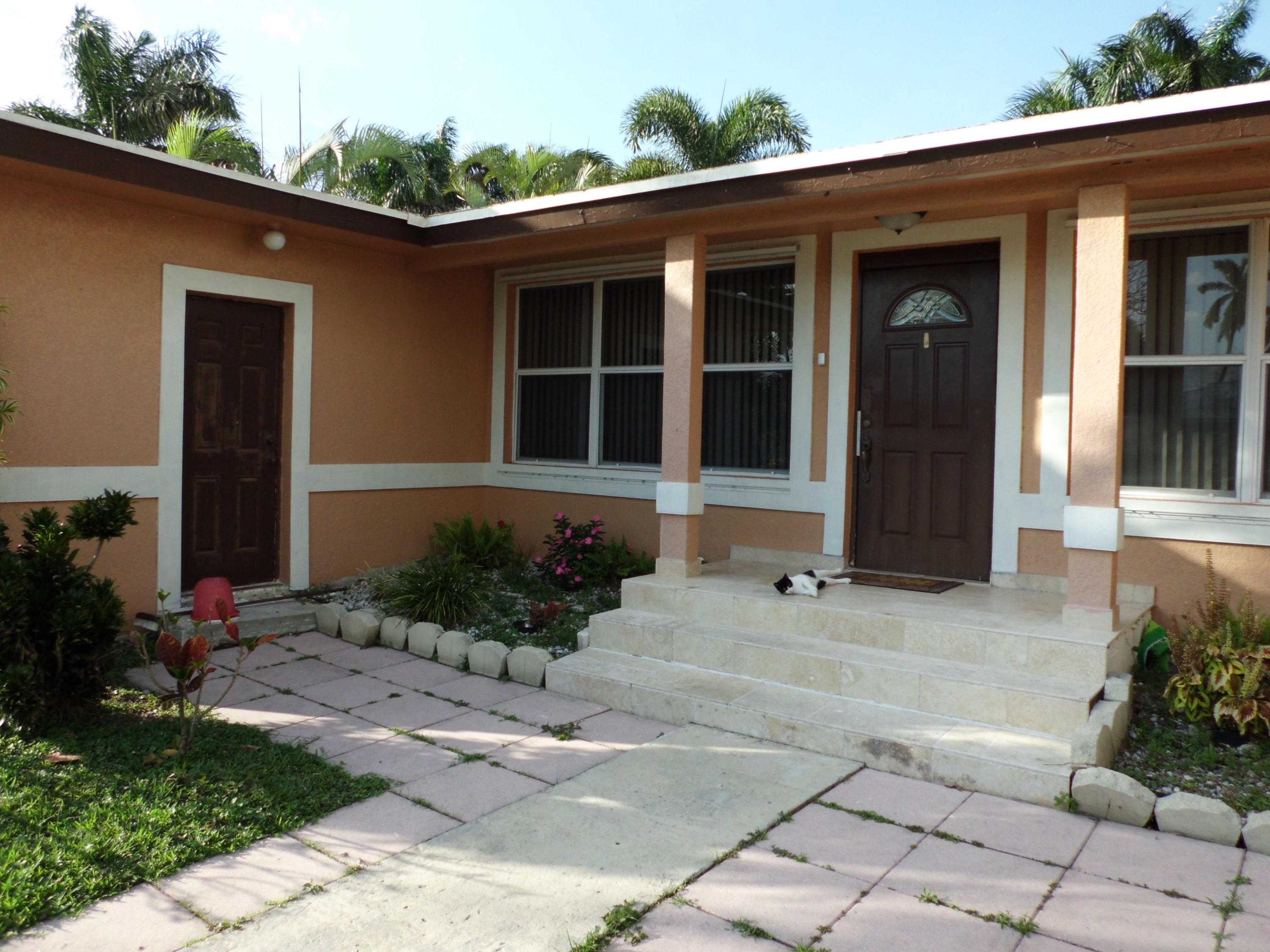 Home for sale in BEVERLY PARK Belle Glade Florida
