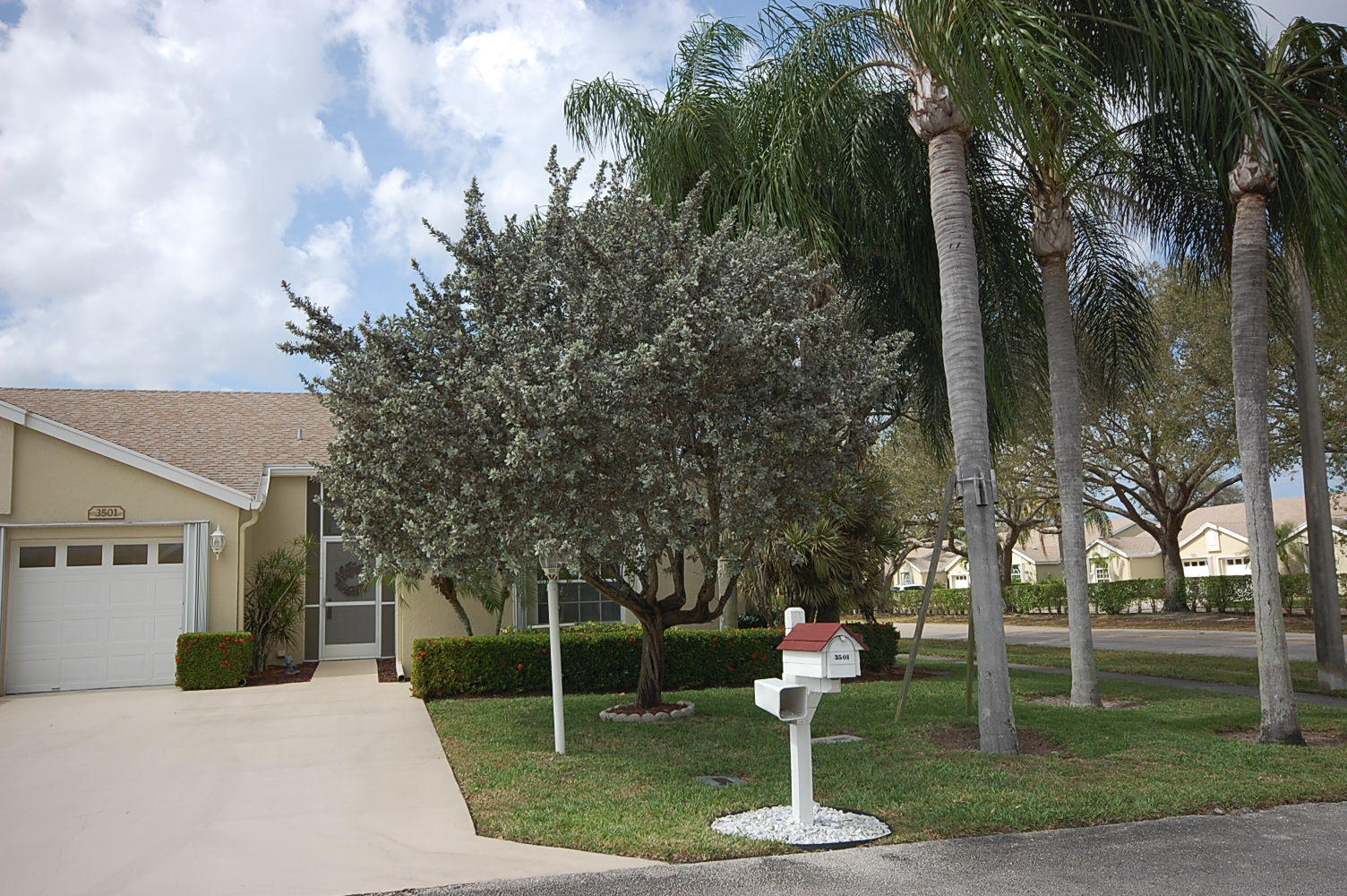 Home for sale in The Manors Of Wedgewood Lake Greenacres Florida
