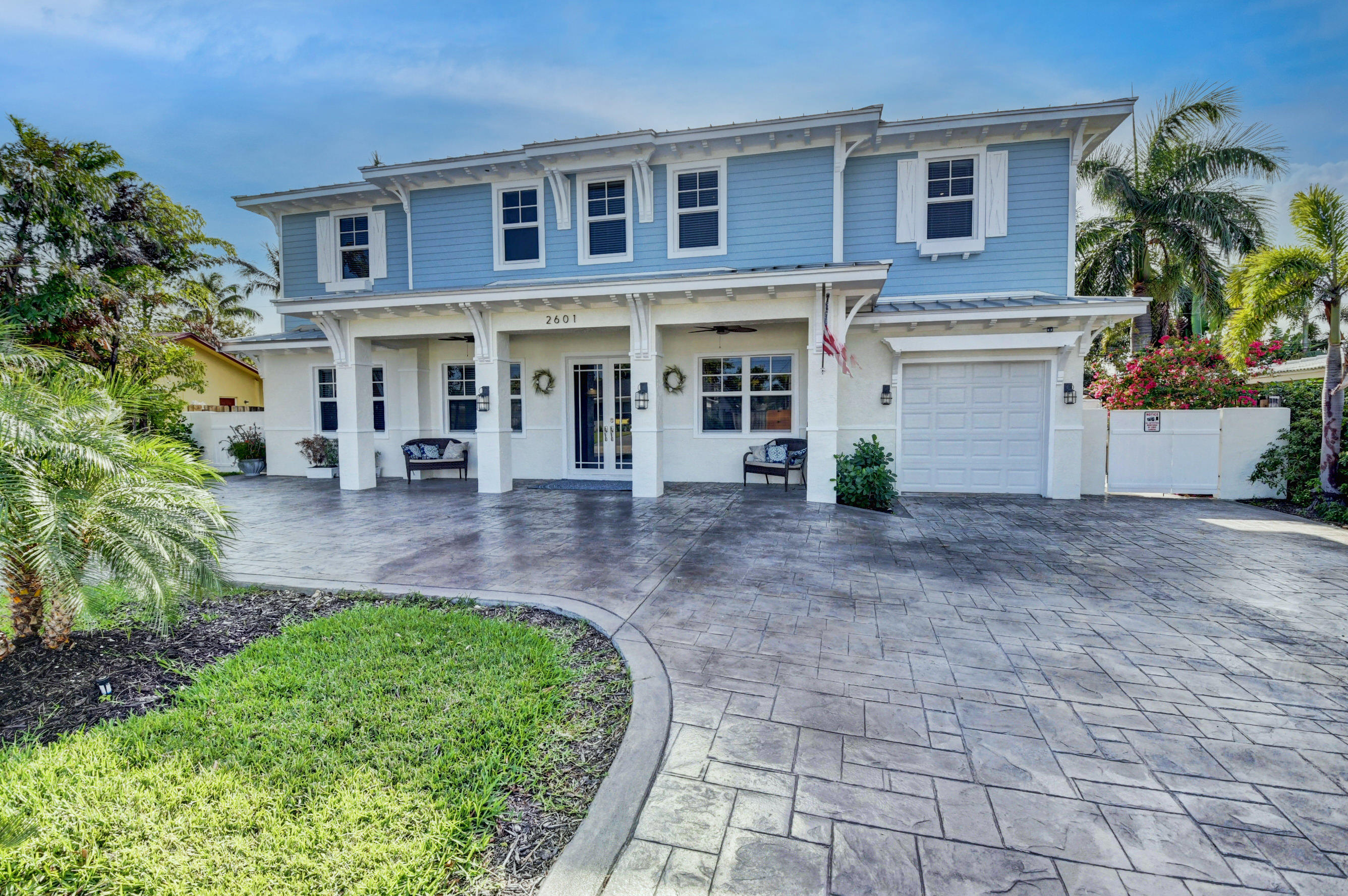 2601 NE 26th Terrace  For Sale 10693601, FL