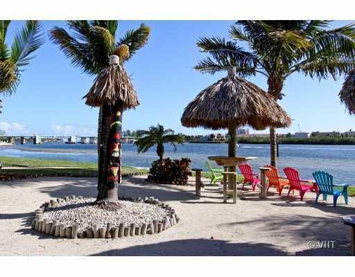 Home for sale in JUPITER COVE CONDO Jupiter Florida
