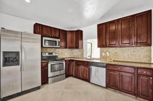 4130 NW 78th Lane, Coral Springs, FL 33065