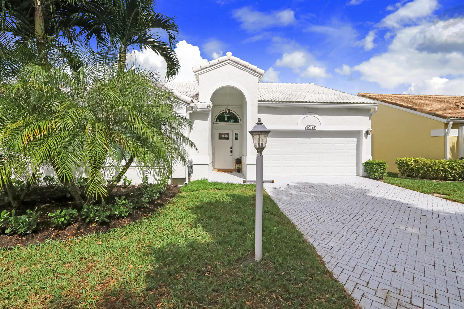 10145 Aspen Way Palm Beach Gardens, FL 33410