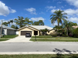 106 Suffolk Drive, Royal Palm Beach, FL 33411