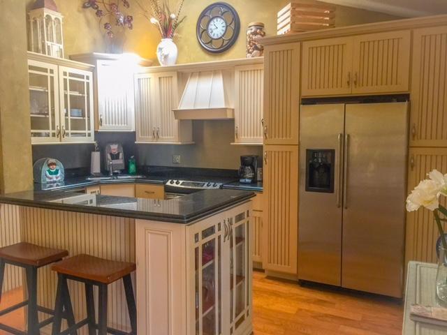 16D Kitchen 1