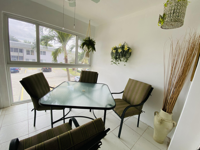 147 Stratford K West Palm Beach, FL 33417 photo 3